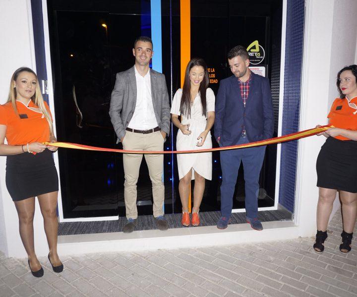 Inauguración de nueva sala en Mula